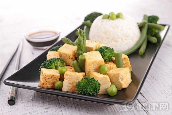 减肥为什么首选豆腐?看看90斤的女神都是怎样吃的 饮食文化 第2张
