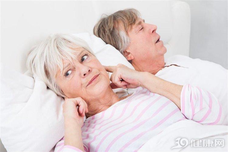 很多老两口都分床睡,是什么原因?3个案例说到很多人心坎里 家庭生活 第2张