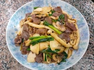 杂菇炒牛肉的做法步骤 家常菜谱 第4张